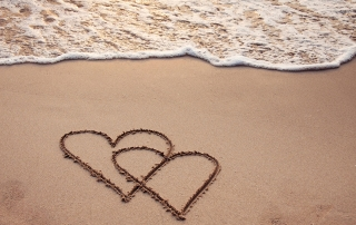 heart-in-sand-beach-blog